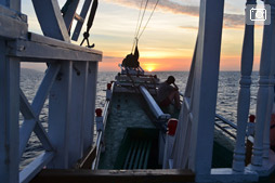 Боракай — Бали трип, путешествие на деревянном корабле с Флореса на Ломбок, день 1