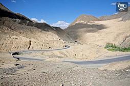 Дорога из Ле в Мульбек через Ламаюру