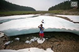 Источник Булуус или Прогулка по льду посреди жаркого лета