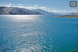 Озеро Пангонг, день второй, солнечный