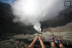 На кромке кратера вулкана Бромо и в кальдере Тенггер
