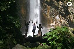 Снова про водопад в джунглях